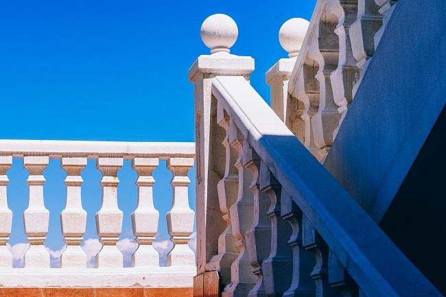 mermer-merdiven-korkulugu